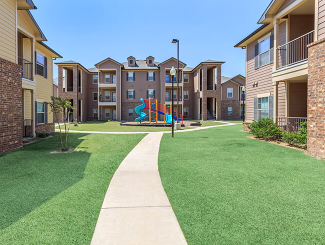 . Stonebridge at Ironton   Apartments in Lubbock  TX